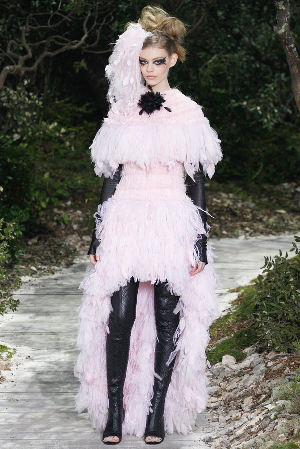 From the Runway: Chanel Couture
